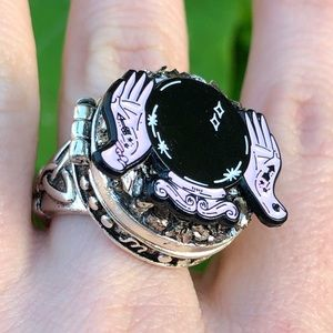 Poison ring! locket oracle occult fortune teller